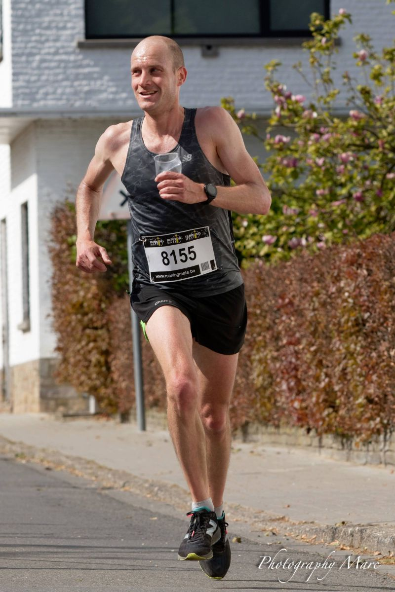 Dirk Goeyers wint warme Paasmaandagjogging